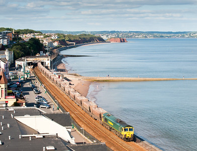 090811 With the possibility of two freights in under an hour this had to be done.66603 on 6V87 12:30 Thorney Mill to Hackney Yard head through Dawlish,as can be seen from behind the station we were close to being bowled