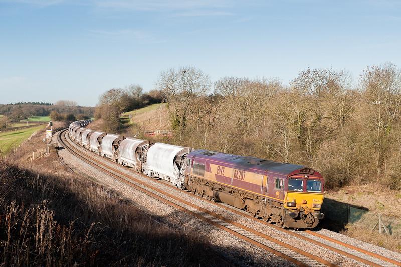 66207 on delayed  6V99 Worcester-Tavi junct