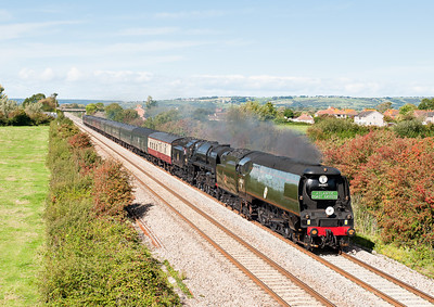 040911 34067 Tangmere + 70000 Britannia working 1Z92 London Waterloo to Newquay pass Brent Knoll,already 40 down Tangmere would fail at Taunton,glad we moved here as it was fairly cloudy to the south of us.