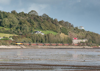 171012 A leisurely chase and we beat it to the Teign estuary by 30 minutes.56094 rounds the curve near Shaldon with the logs