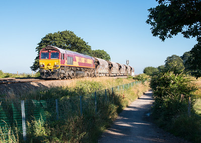 010813  I left the assistant to man the tripod and get the master shot.Typical drive nearly 300 miles and the best shot of the day is a local one..... 66143 passes Powderham with 6C53  WThO 16:27 St.Blazey-Exeter Riverside
