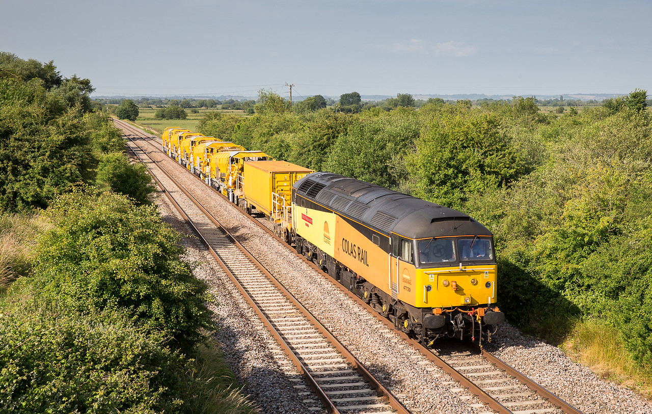 050713 Right behind the 57.....47739 Working  6Z56 15.12 Cardiff Canton Sidings - Fairwater yard pass Banklands....Very nice.