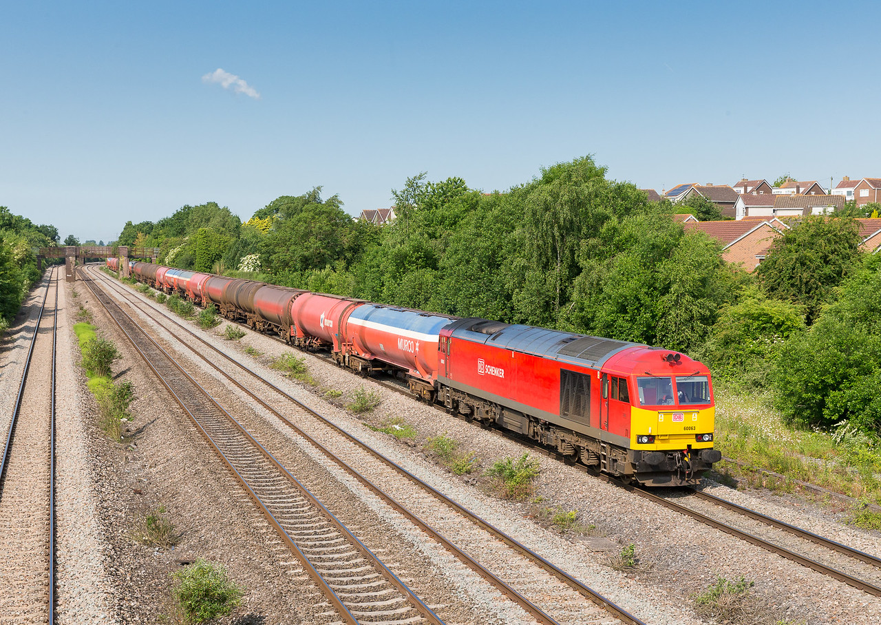 250613 We were lucky to get this as it was running nearly 30 minutes early .60063 passes Undy with 6B13  05:07 Robeston-Westerleigh