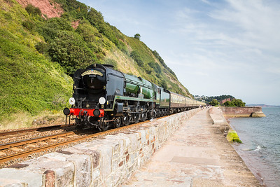 010913  A last minute decision saw us head for the sea wall again for two steam charters,it was close but we made it and managed to avoid the worst of the crowds.34046 Braunton heads along the sea wall between Sprey point and Teignmouth with 1Z27 Bristol Temple Meads to Kingswear. Not really into steam but it did look very  very nice and glad we came.