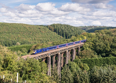 051013  With the light holding on a FGW 125 crosses St Pinnock en route to Penzanace. With new trees being planted this stonking view will soon be gone