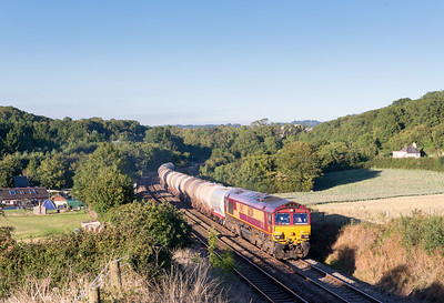 030913  I was worried that the shadows might not allow the shot but its probably still on for a week or so..... 66204 slogs up Dainton with 6C62  TO 15:31 St.Philips Marsh-Plymouth