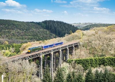 190414   57604 on the  5Z12 1230 Plymouth-Penzance heads over St Pinnock viaduct.Taken by the assistant.