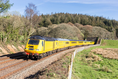 110414  How about this for an opened up view......The classic shot at Restormel (dont forget a pair of step ladders) 43014  and 43013 on 1Z20 1634 Penzance -Derby...Mega!!!!