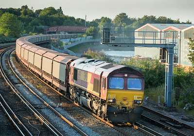 100714  Last shot of the night... 66193 nears Mount Pleasant road crossing with the 6O42  11:31 Halewood-Southampton E.Docks.It will be difficult going back to Cornwall after this lot,dont think i have seen so many freights in such a short space of time.