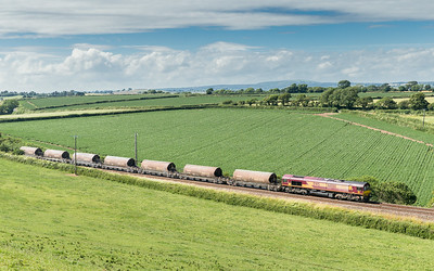 030714   Plan A was scuppered by cloud so we bombed it to here...... 66066 heads past Trerulefoot towards St Germans with 6C53   ThO 15:06 St.Blazey-Exeter Riverside