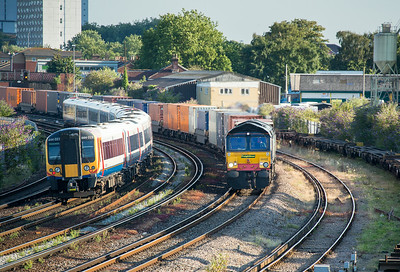 100714  66420 rounds the curve at St Denys with the 4E76 19:01 Southampton Maritime-Leeds