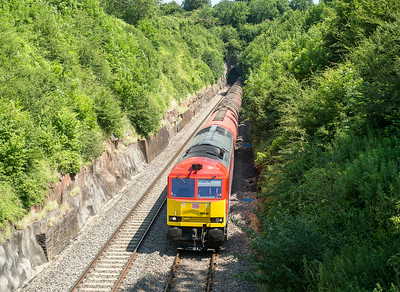 020714   A leisurely drive and we catch B13 again..... 66040 exits Wickwar tunnel with the 6B13  05:00 Robeston-Westerleigh