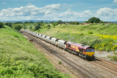 050714  The forecast had gone a bit downhill but around 1200 in Plymouth we decided to go for it.......Our initial plan of Chipping sodbury looked well socked in,so we ended up here... 66232 heads past Pilning with 6C80  14:10 Machen-Westbury yard