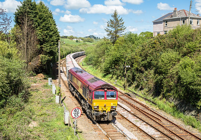 140514  A rescue shot after the sleeper trainer was a no show......66176 passes Par with the  6G07  13:20 Fowey-Goonbarrow
