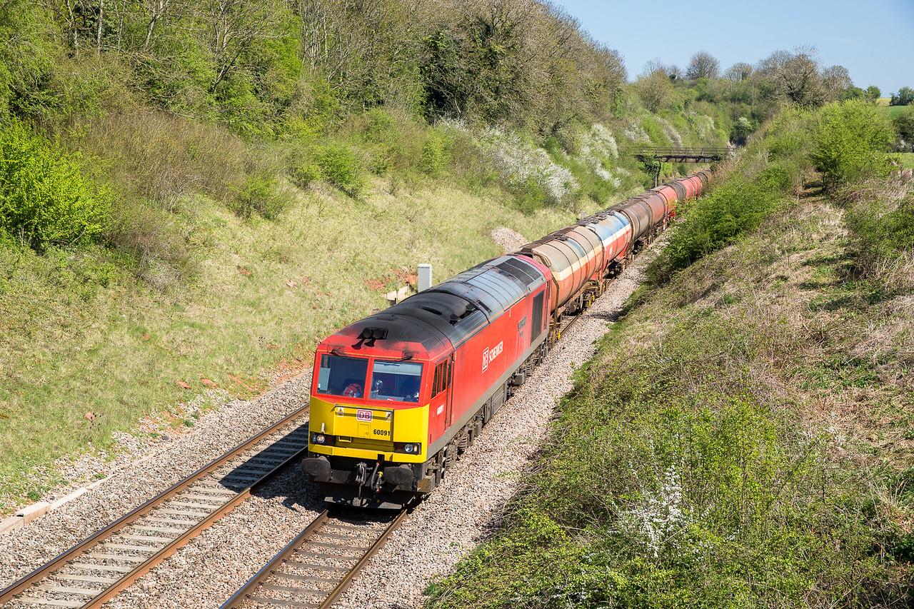 210415  60091 on 6B13 the   05:00 Robeston-Westerleigh have just left Wickwar tunnel...nice to meet MR NE heavy