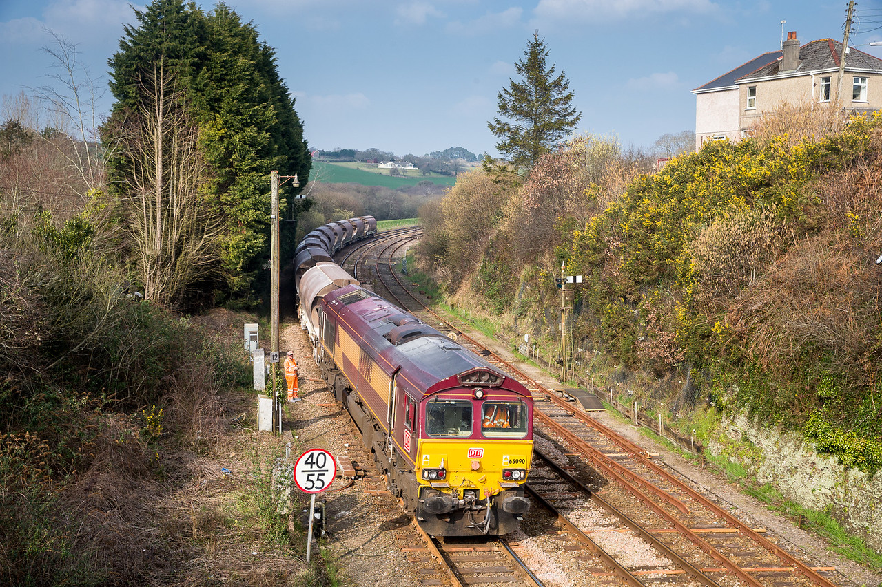 180315   Done at Gover by cloud and assumed we had missed this,but with seconds to spare we made it to Par........After reversal in Par station  66090 prepares to take the train into St  Blazey yard.