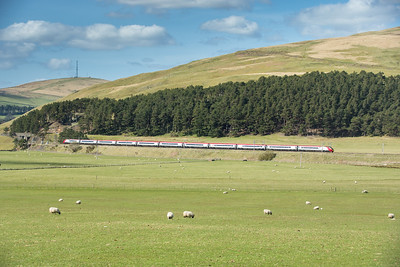 190416  A Pendolino heads south at Crawford