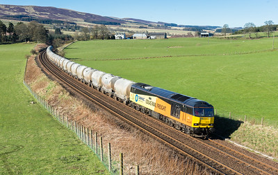 200416  My take on it….60076 rounds the curve near Gleneagles with the 6A65 06:07 Oxwellmains-Aberdeen…best ever Colas 60 shot by a mile….