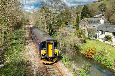 160416  Passing Plashford farm the ubiquitous class 153 heads to Looe
