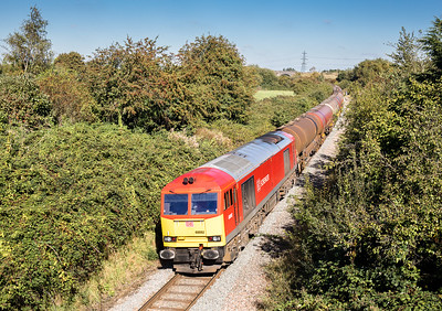 051016 Nearing journeys end...60092 heads theough Westerleigh Village with the 6B13  05:00 Robeston-Westerleigh