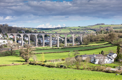 020417.   Definitely did not want a green one here...FGW  class 150 passes over Calstock viaduct with the 2G76 1511 Plymouth to Gunnislake