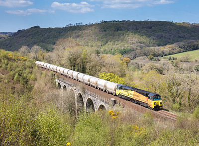 190417  After running round in Lostwithiel 70802 heads up the Glynn valley over Clinnick Viaduct with  the 6c35 0250 Aberthaw- Moorswater