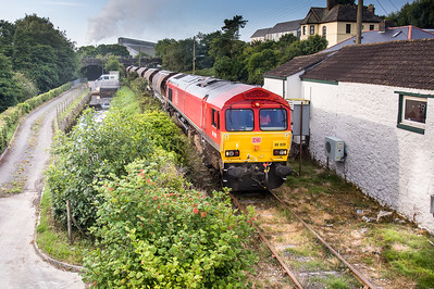 130717 66020 propels its rake of 7 JIA's from St Blazey yard to Par docks.
