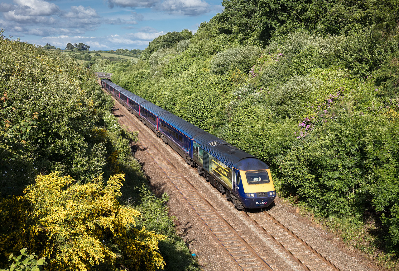 030617  .43144 heads the 1C50 1752 Plymouth to Penzance past Shillingham.
