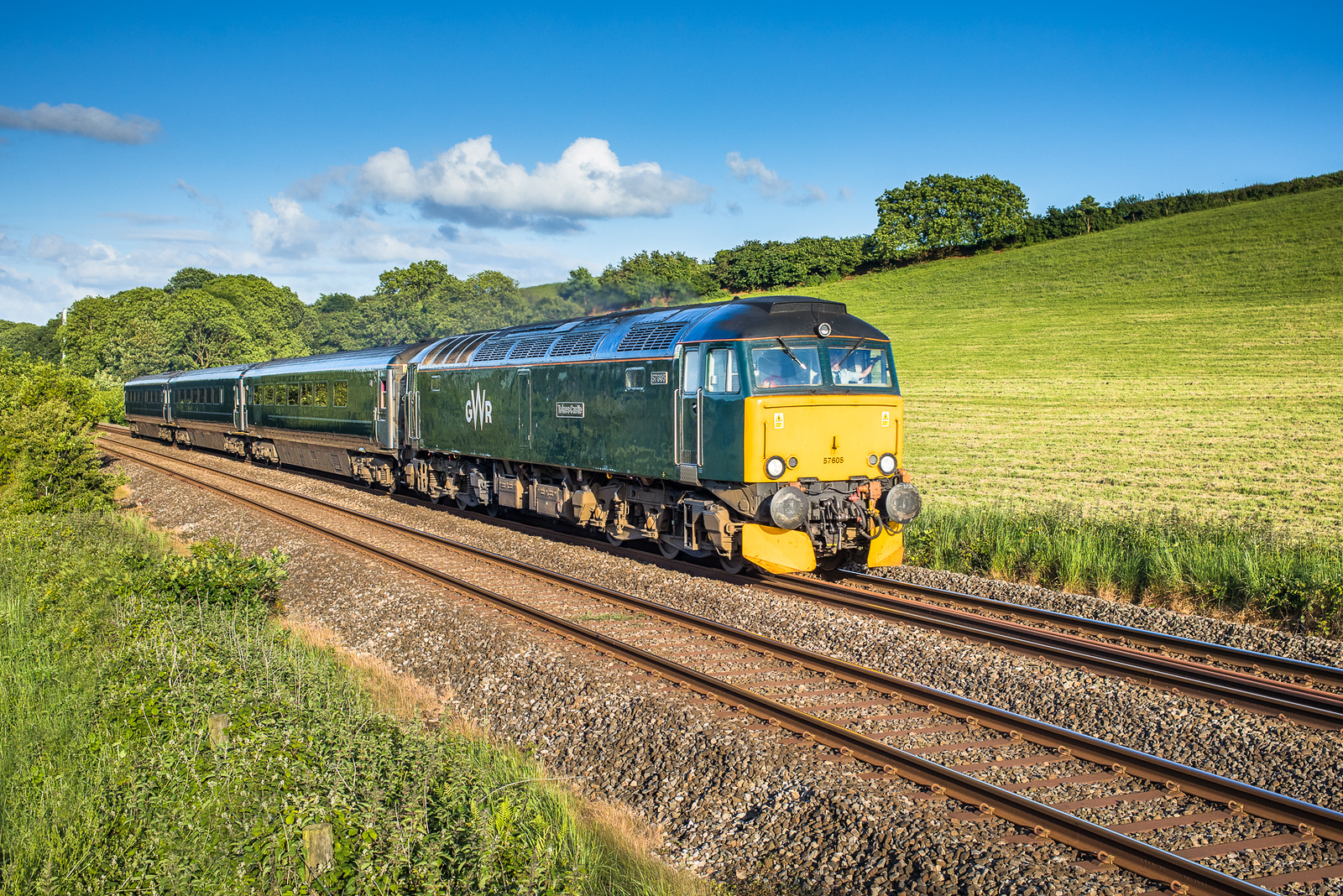 030617  ..57605 nears Crift lane with the 2C51 1750 Exeter St Davids to Penzance.