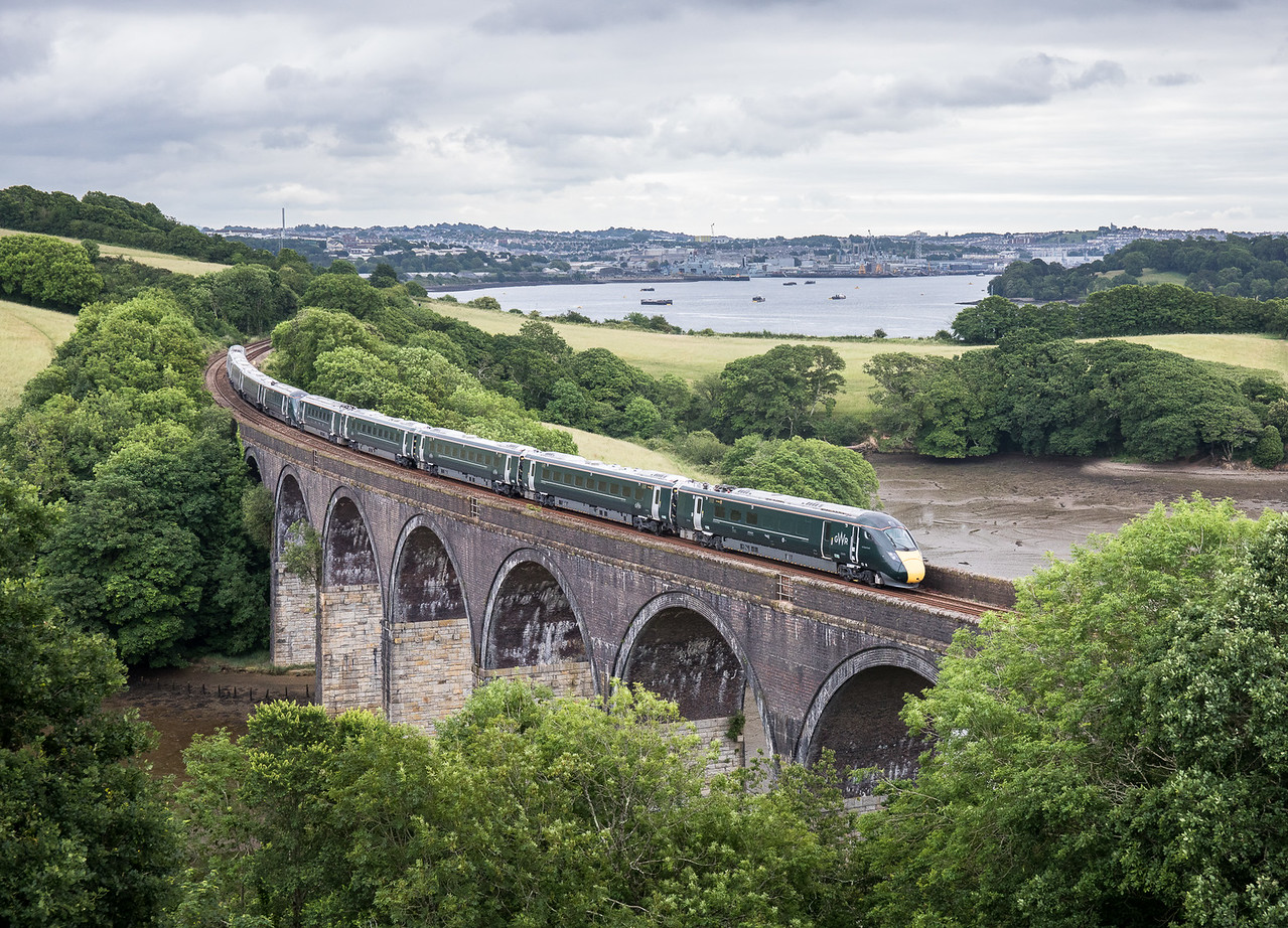 220617 The future is here....Hitachi IEP  800004 & 800003 cross forder viaduct  working the 5X90 05:02 North Pole to Penzance