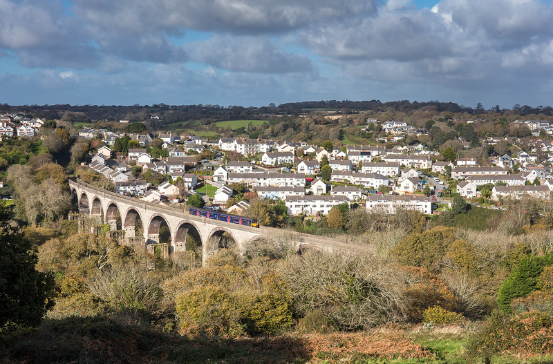 121117,    150123 heads over Collegewood viaduct with the 2F79 1308 Truro to Falmouth Docks