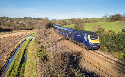181217  FGW 125 heads the 1C77 1006 London Paddington to Penzance near Great Trevarran.