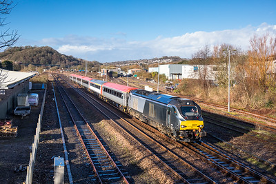 160118   68011 storms past tavistock Junction with the 5Z63 1040 Laira-Crewe
