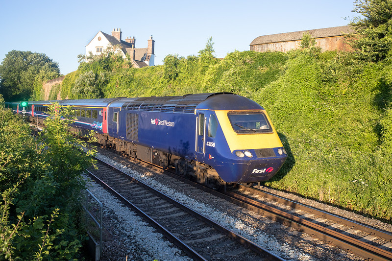 1L08 0436 Neath to London Paddington