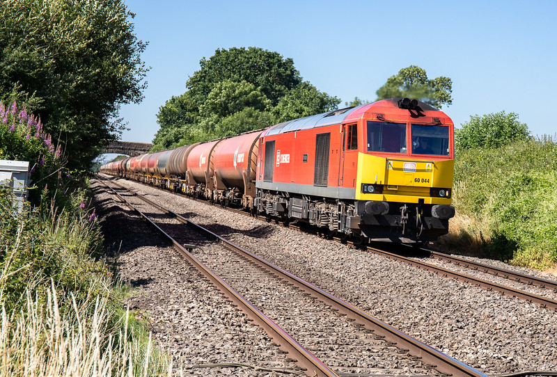 290618  .66044 approaches Woolaston with the 6B13  5:00 Robeston-Westerleigh