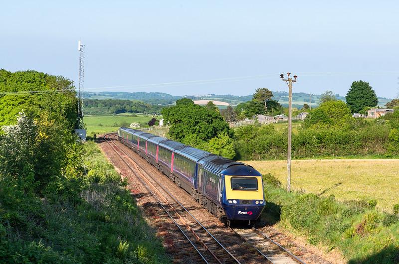 220518  .43015 passes Tigley with the 1C86 1503 London Paddington to Penzance