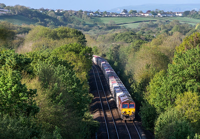 100518 66187 slogs up treverrin bank with the 6G06   07:39 Goonbarrow-Fowey