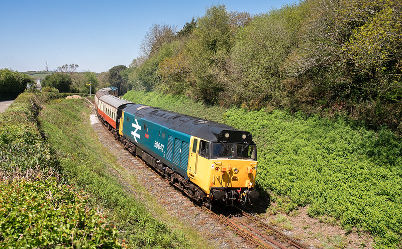 050518  .50042 heads into Quarry curve with the 1310 General-Parkway