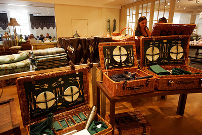 Dream basket for pique-niques, Fortnum and Masson - London June 2013