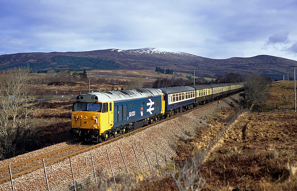 By the time the rear loco arrived the sun had made an appearance, 50031 passes Achnabobane on the rear of 1Z24 10:24 Fort William-Dalmuir 06/03/05