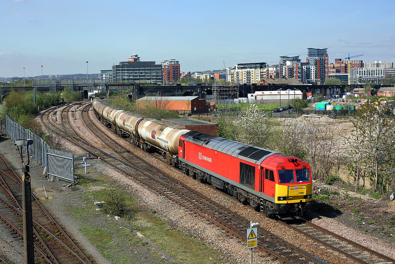 60063 passes Holbeck depot on 6D80 14:05 Neville Hill - Lindsey empty tanks, 22/04/15