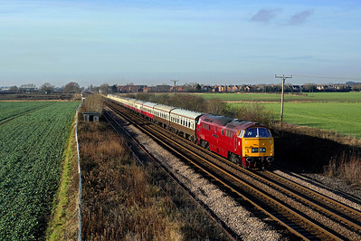 D1015 looks spuerb passing Welton on 1Z17 05:42 Swindon - Scarborough railtour, 17/12/16