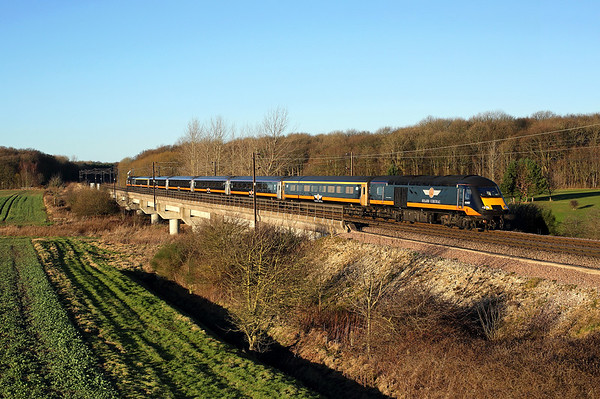 43465 races south past Bishop Wood on 1A65 12:28 Sunderland - LKX, 28/12/17.   This was my final shot of a Grand Central operated HST. *Taken using a pole