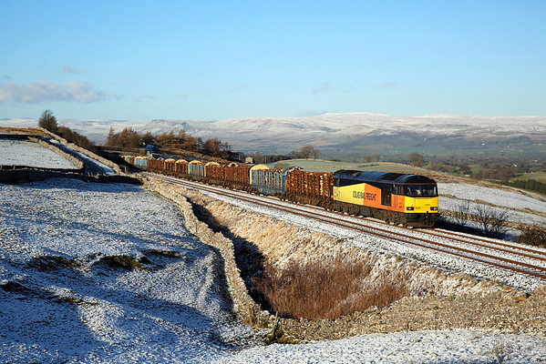 60002 passes Greengate on 6J37 12:58 Carlisle - Chirk logs, 08/12/17
