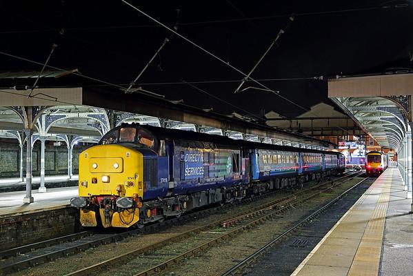 37419 stands at Norwich pl 4 on 2J88 19:00 Norwich - Lowestoft, 01/03/17