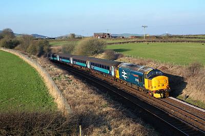 37424 (37558) passes Pennington on 2C31 17:31 Lancaster - Barrow in Furness, 14/04/18