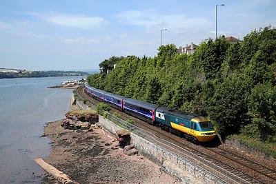 43002 passes Shaldon Bridge on 1A83 09:57 Penzance - LP, 23/06/18 *Taken using a pole