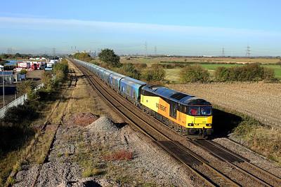 60026 nears Whitley Bridge on 6H12 06:24 Tyne Dock - Drax PS biomass, 02/11/18 *Taken using a pole