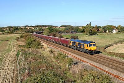 66784 passes Burton Lane on 6H26 11:57 North Blyth - Drax PS coal, 28/09/18 *Taken using a pole