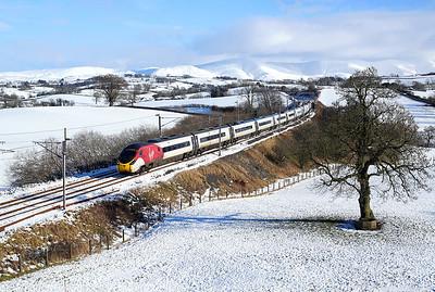 390119 passes Docker on 9M54 10:52 Edinburgh - LE, 02/02/19 *Taken using a pole